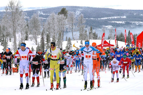 Fra starten i Hafjell Ski Marathon. Arrangørfoto.