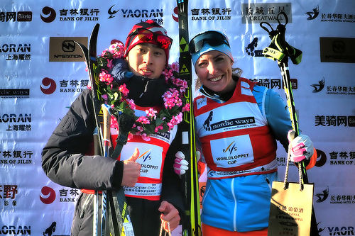 Vinnerne i Vasaloppet China 2019, Wang Quiang og Maria Gräfnings. Foto: FIS Worldloppet Cup.