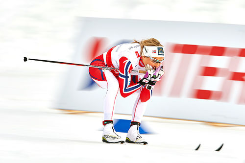 Slik går du frem for å få optimal glid for ulike fører. Illustrert med en godt glidende Therese Johaug under VM-stafetten i Falun 2015. Foto: NordicFocus.