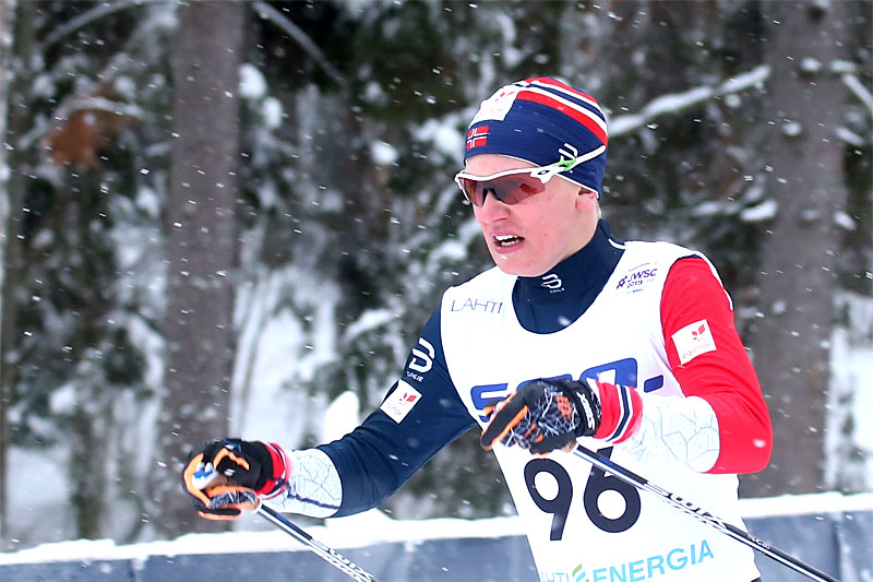 Iver Tildheim Andersen på vei mot bronse på 10 km fri teknikk udner Junior-VM i Lahti 2019. Foto: Erik Borg.