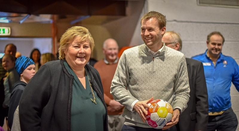 Erna Solberg og Kjell Ingolf Ropstad i Otrahallen