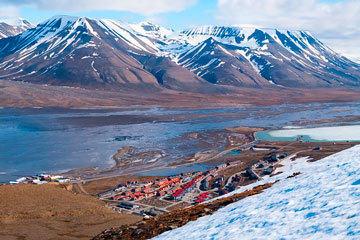 bs-Longyearbyen-103730048-360