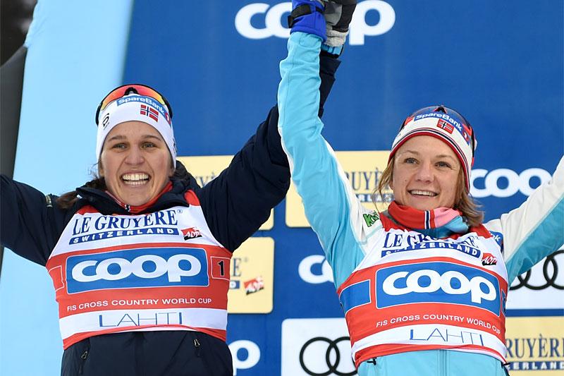 Tiril Udnes Weng og Maiken Caspersen Falla sikret seg plass på pallen under Team Sprint Lahti i verdenscupen 2019. Foto: Modica/NordicFocus.