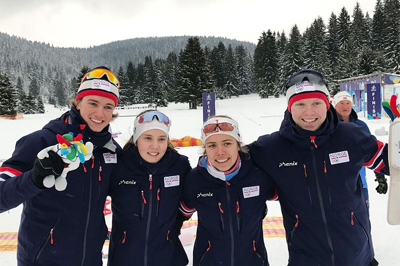 Norges gullag i mix-stafetten under Europeisk Ungsoms-OL, EYOF Sarajevo 2019. Fra venstre:  Lars Agnar Hjelmeset, Ebba Andresen, Margrethe Bergane og Martin Kirkeberg Mørk.