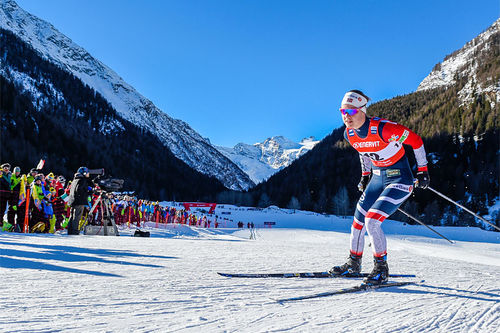 Ane Appelkvist Stenseth underveis i verdenscupen i Cogne 2019 hvor hun gikk seg inn til 4. plass i sprintfinalen. Foto: Thibaut/NordicFocus.