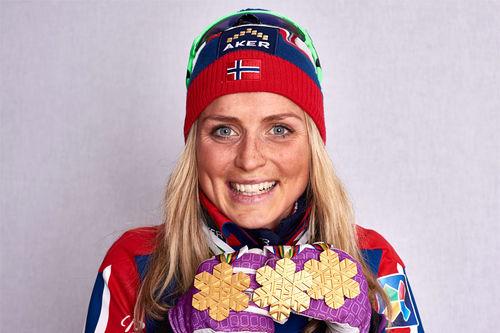 Therese Johaug med gullfangst fra VM Falun 2015. Foto: NordicFocus.