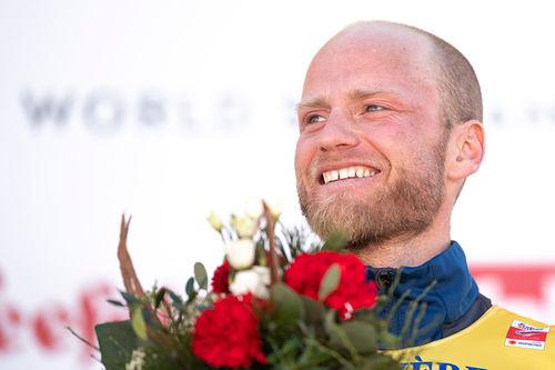 Martin Johnsrud Sundby etter sitt VM-gull på 15 km klassisk i Seefeld 2019. Foto: Thibaut/NordicFocus.