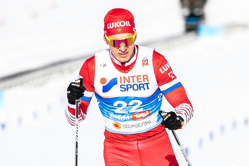 Alexander Bolshunov underveis i femmila under VM i Seefeld 2019. Russeren tok sølvet. Foto: Modica/NordicFocus.