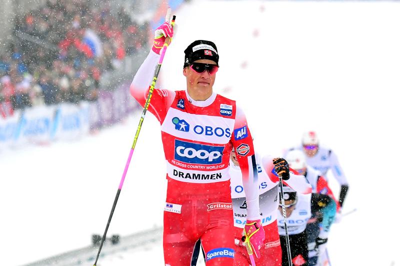 Johannes Høsflot Klæbo hadde full kontroll på konkurrentene da han seiret på verdenscupsprinten i Drammen 2019. Foto: NordicFocus.