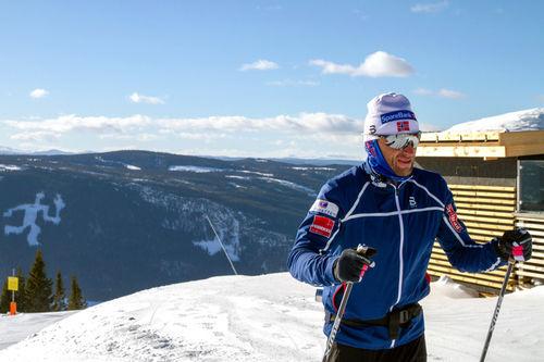 Petter Northug ved Mosetertoppen i forkant av Janteloppet 2019. Foto: Red Bull.