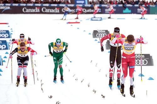 Johannes Høsflot Klæbo vinner spurten i verdenscupfinalens fellesstart i Quebec. Foto: Modica/NordicFocus.