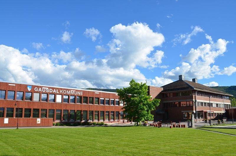 Rådhuset på Segalstad Bru