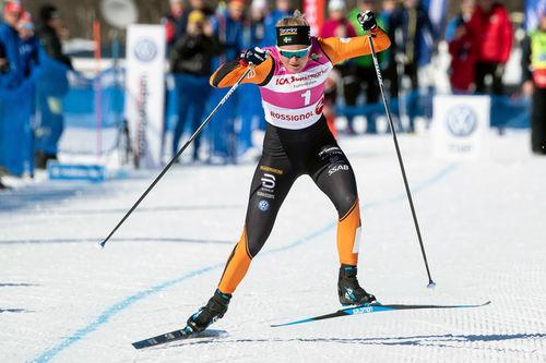 Maja Dahlqvist går prologen i Fjälltopphelgens Supersprint på rekordtid. Foto: Fjälltopphelgen.