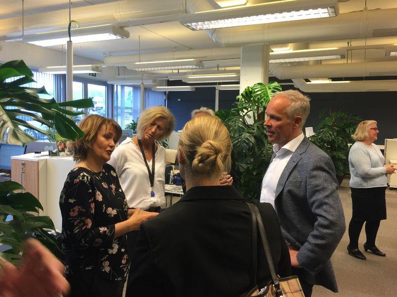 Sanner besøker sekretariatet i Bø