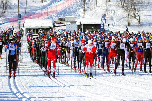 Starten går i Kobberløpet 2019. Foto: Kariannne Grønbech.