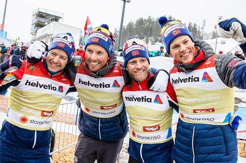 Norges vinnerlag fra stafetten i Seefeld-VM 2019. Fra venstre: Sjur Røthe (3. etappe), Emil Iversen (1), Martin Johnsrud Sundby (2) og Johannes Høsflot Klæbo (4). Foto: Modica/NordicFocus.
