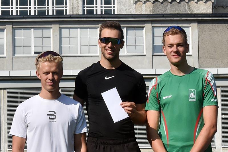 Herrenes seierspall i Swecosprinten 2019. Arrangørfoto.