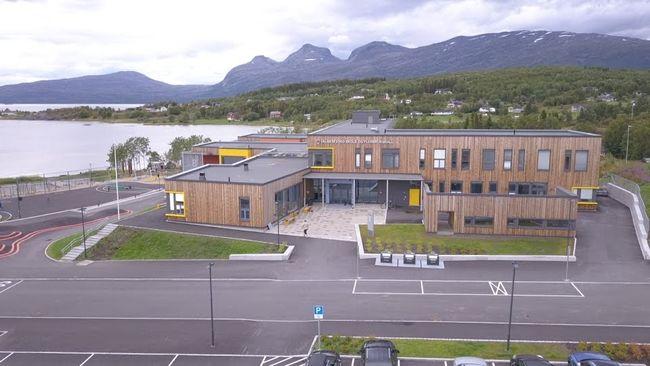valnesfjord skole front