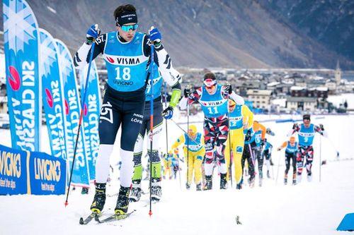 Hovedfeltet i Visma Ski Classics under sesongåpning i Livigno. Foto: Magnus Östh / Visma Ski Classics.