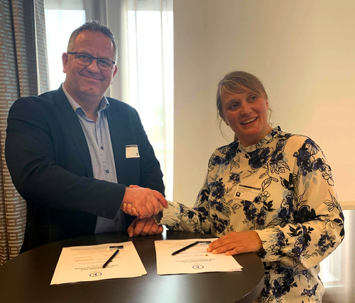 Kommunedirektør Frantz A. Nilsen og regionleder for Klimapartnere Agder, Gunn Hansen Spikkeland_red_500x426.jpg