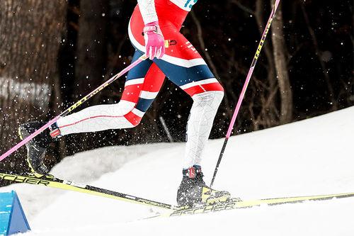 Beinarbeidet til Johannes Høsflot Klæbo under OL  2018. Foto: Modica/NordicFocus.