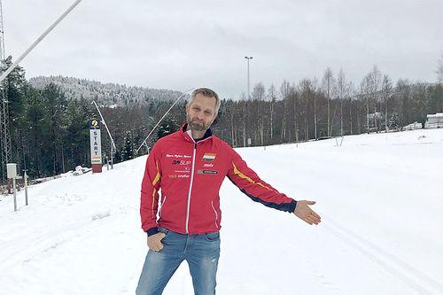 Konnerudrennets rennleder Hans-Christian Bjønnes Olsen i forkant av arrangementet 7. og 8. desember 2019. Foto: Konnerud IL.