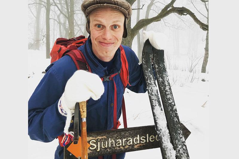 Erik Wickström underveis i traséen til skirennet Sjuhärad ospårat da han testgikk ruta i forkant av første utgave. Foto: Privat.
