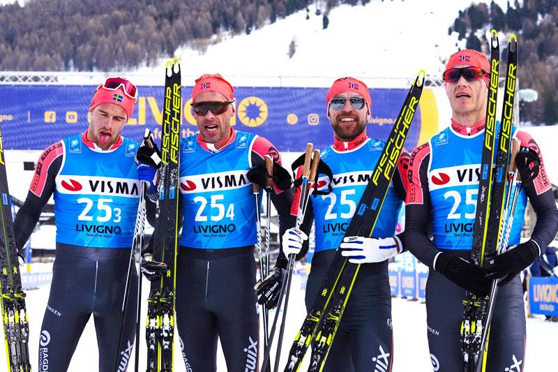 Team Ragde Eiendom etter å ha vært raskest blant herrene i lagtempoen under Pro Team Tempo i Livigno som åpnet Visma Ski Classics 2019-2020. Foto: Magnus Östh/Visma Ski Classics.