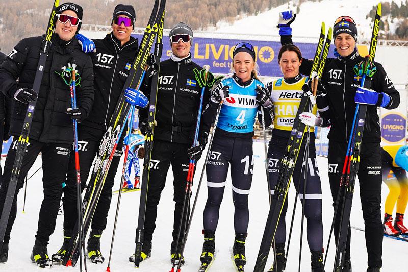 Lager 157 Ski Team etter å ha vært raskest totalt i lagtempo (menn) og jaktstart (kvinner) under Pro Team Tempo i Livigno som åpnet Visma Ski Classics 2019-2020. Foto: Magnus Östh/Visma Ski Classics.