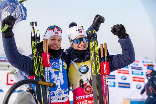 Tarjei Bø med sin bror Johannes Thingnes Bø. Foto: Nico Manzoni/NordicFocus.