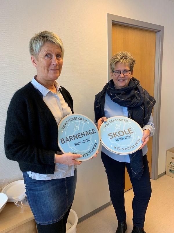 Enhetsleder skole og barnehage Ingrid Bøe og rådgiver Unni Kvitli i Trygg Trafikk