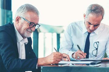 bs-senior-Business-Partner-333135760-360