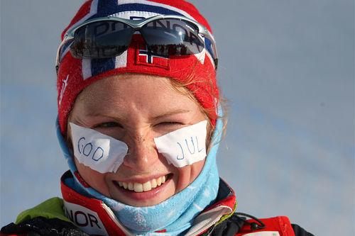 Marthe Kristoffersen ønsker God Jul et tidligere år. Foto: Hemmersbach/NordicFocus.
