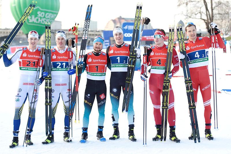 Herrenes seierspall i lagsprinten under verdenscupen i Dresden 2020. Fra venstre: Sverige (2. plass), Frankrike (1) og Russland (3). Foto: Modica/NordicFocus.