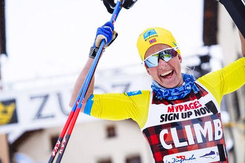 Astrid Øyre Slind jubler etter å ha vunnet La Diagonela 2020, sesongens 5. renn i Visma Ski Classics, i suveren stil. Foto: Östh/Visma Ski Classics.