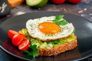 bs-Avocado-Egg-Toasts-360