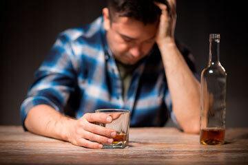 bs-alcoholism--247328464-360