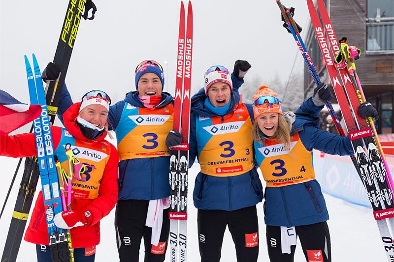 Norges gullag på miksstafetten under U23-VM 2020 i Oberwiesenthal. Foto: Marko Unger / Studio2media.