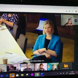 Møte med Guri Melby om koronakrisen
