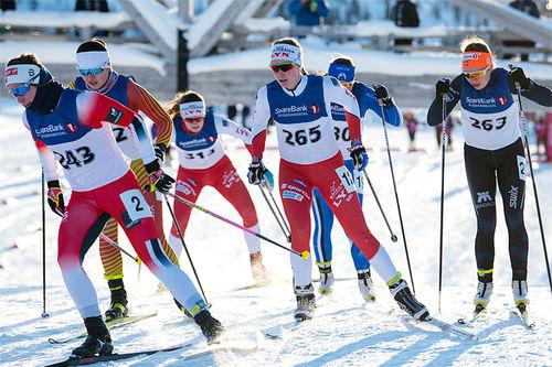 Lyn Ski med flere løpere i feltet. Foto: Line Møller / Lyn Ski.