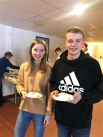 Ingrid Vadder og Mathias Holbæk er elever ved Hovden Skigymnas og har deltatt på HSG-U før de startet på skolen. Foto: Hovden Skigymnas.