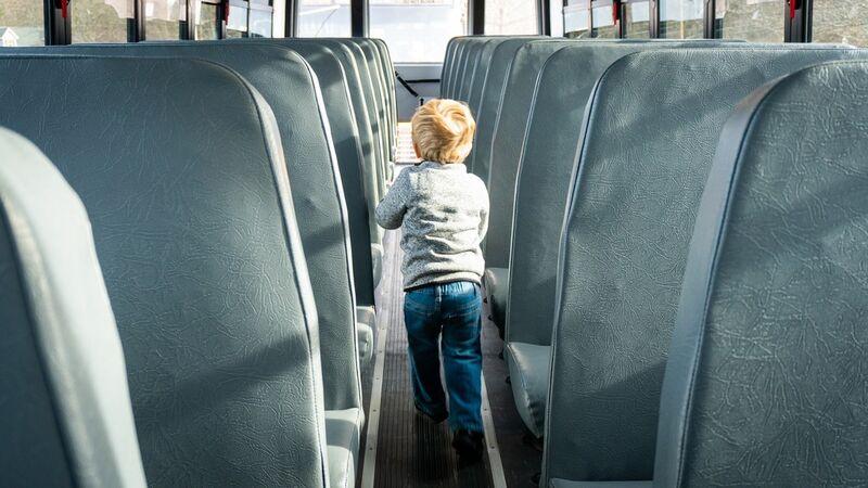 Bilde av skolebuss