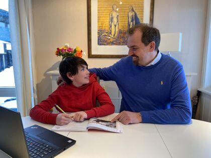 FUG-leder Marius Chramer og sønnen August Stene Rios