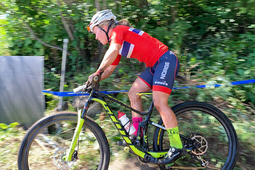 Helene Marie Fossesholm, nå på elitelandslaget i langrenn, under VM i terrengsykling 2019. Foto: Eddy Knudsen Storsæter.