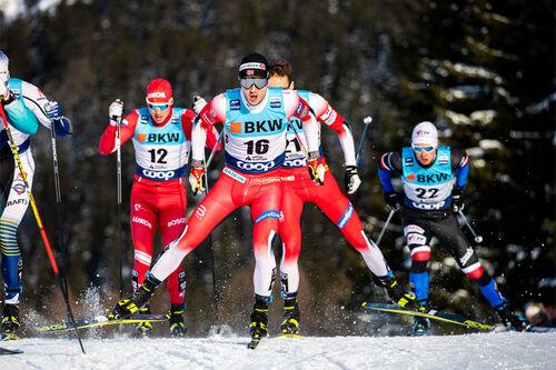 For god, rask, presis og effektiv fremdrift gjelder det å ha det tekniske på plass. Her er det Sindre Bjørnestad Skar som fører an i feltet. Foto: Modica/NordicFocus.