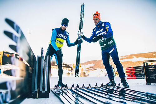 Salomon sitt Racing Team i sving under verdenscupen i langrenn. Foto: NordicFocus.