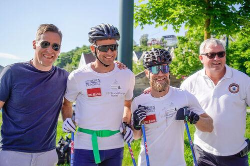Team Eidissen BN Bank. Fra venstre: Svein Tore Samdal (BN Bank), Niklas Dyrhaug, Martin Johnsrud Sundby og Benn Eidissen (næringsdrivende). Foto: Svein Spjelkavik.