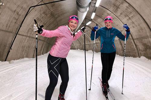Bilde fra Stjerneskolan Torsby idrottsgymnasium og deres Torsbylägret ved Torsby Ski Tunnel. Foto: Linda Bengtsson.