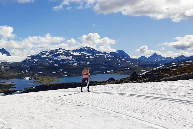 Slik ser det ut ved Sognefjellets Sommerskisenter ved inngangen til september 2020. Foto: Ove Nestvold / Sognefjellshytta.