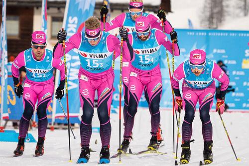 eD system Bauer Team underveis i lagtempoen under Pro Team Tempo i Livigno som åpnet Visma Ski Classics 2019-2020. Foto: Magnus Östh/Visma Ski Classics.